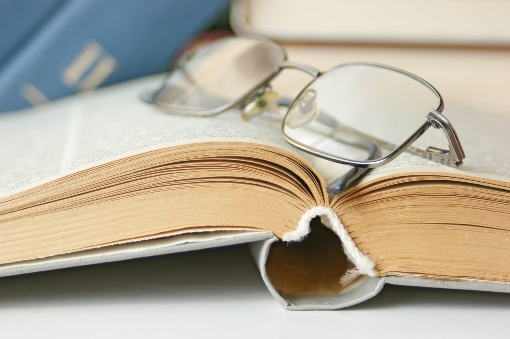 becoming a better writer by reading