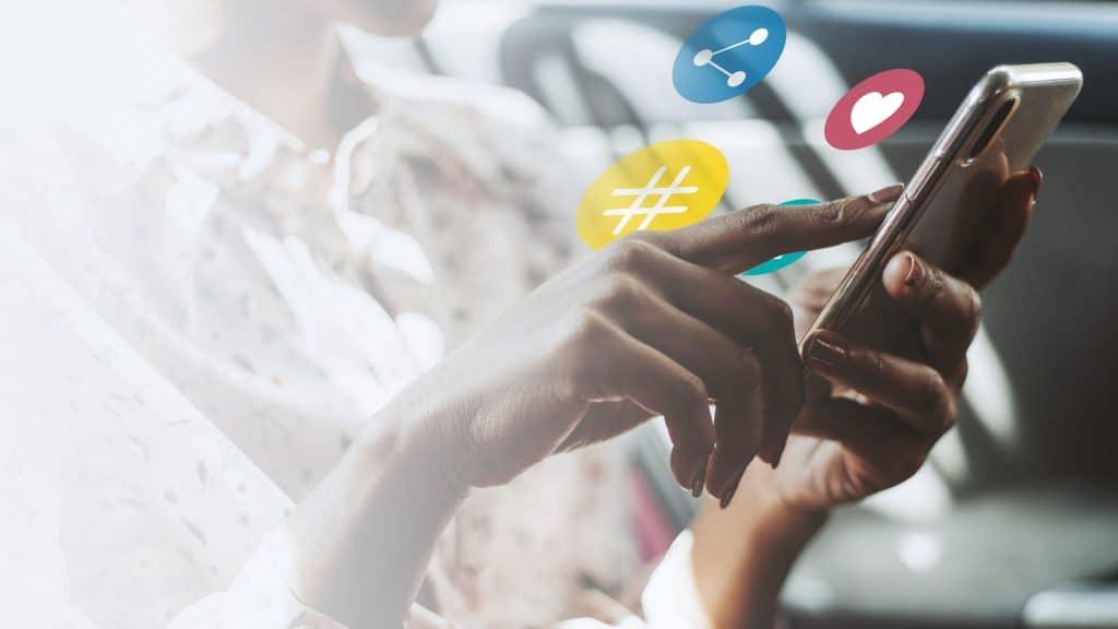 Distribute content via social media